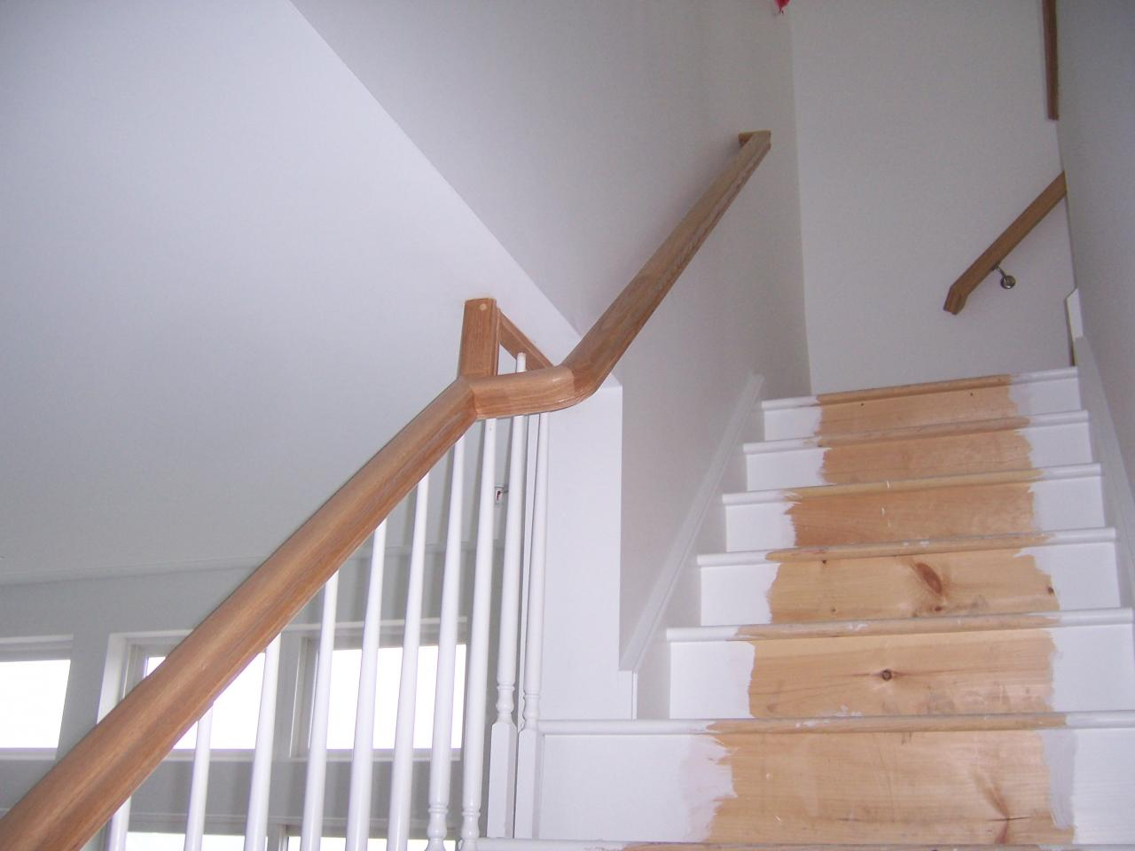 ... Continuous Wall Rail ...